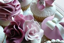 Cupcakes / by Linda Acosta
