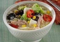 the sayur sup soto