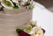 Cake flowers by Ivy&Lace