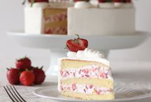 Cakes / Cakes to celebrate everyday occasions!