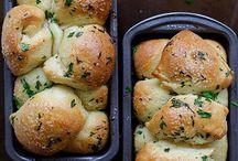 pullapart garlic bread