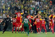Fenerbahçe Galatasaray Derbi Maçı Resimleri / Fenebahçe ve Galatasarayın oynadığı derbi maçlarına ait görsel resimler