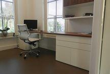 Studeerkamer / Ideeën voor de inrichting van mijn studeerkamer. Bureau, boekenkast, dressoir, vloerbedekking en andere leuke ideetjes