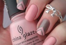 Nails Grey & pink