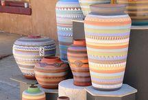 Objetos decorativos / Dedicado a objetos y elementos especiales para adornar espacios determinados.