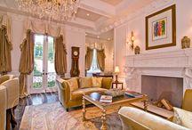 Galeria wnętrz / Inspirujące wnętrza, w których kamień naturalny stanowi doskonałe uzupełnienie. Aranżacje salonów, gabinetów czy tez jadalni.