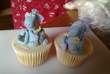 Cupcakes and cakes / For anyone who loves cakes and cupcakes, some of my things go up here.