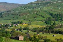 Yorkshire Dales / Bask in the playful scent of the meadows and gardens inspired by the Yorkshire Dales in full bloom.