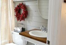 Bathroom / by Julie Keiling