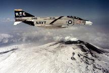 F-4 PHANTOM LOVE