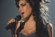 Cat eyes / 12 Iconic Beauties Who Make The Case for The Cat Eye – Vogue - Amy Winehouse