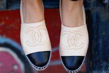 Sapatilhas / sandálias