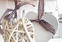 Proutěné dekorace / Dekorační srdíčka, věnce, koše, košíky....