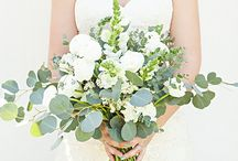 Colors - Green Flowers / Beautiful green wedding flower inspiration for brides