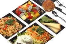 Plateaux Repas / Nos Chefs s'invitent au bureau avec des plateaux repas frais et gourmands...