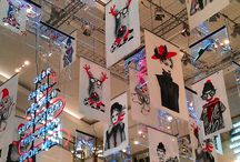 Holiday Season / The Holiday season is the perfect time to decorate your retail stores, event venues, and schools. Installation is quick, easily, and safe with our Clik-Clik Magnetic Sign Hanging System. Don't let decorating intimidate you!