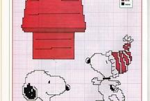 Punto croce Snoopy