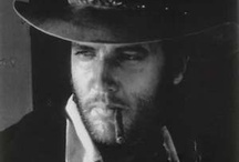 Love me some Elvis / by Janet Ellis