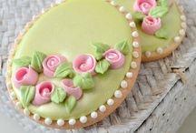 cookie with flower