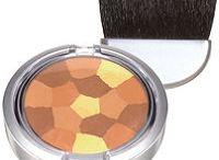 natural makeups & nailpolish / by Suzanne Clothier