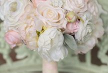 B+C's Smokey Mountain Wedding at The Swann Plantation / Swann Plantation // Sevierville Tennessee Wedding in blush pinks and golds.