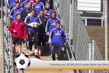 HSV Training / Live beim HSV Training am Volksprkstadion :-) Videos und auch Interviewpartner die zum Training und zum bevorstehenden Bundesligaspiel etwas sagen.