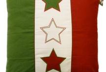 Sierkusen Viva Italia! / Heerlijke kussens om in Italiaanse sferen te komen. Combineer effen kussens in de kleuren van de Italiaanse vlag om snel het gevoel van Italië te krijgen.