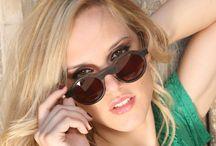 Soho / Modelo de gafas de madera Móler con forma redonda.  Forma elegante y clásica.