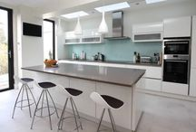 High glose white kitchen