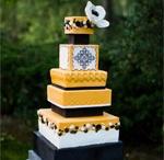 Cakes / by Sierra Widget