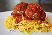 Itilian & Pasta Recipes / by Leslie Boyles