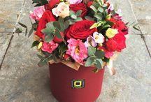 Цветы и букеты в шляпных коробках. / Заказать букет можно по телефону: 947 40 57 Доставка цветов по СПб.