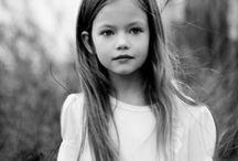 Mackenzie Foy / + Daisy Fuentes