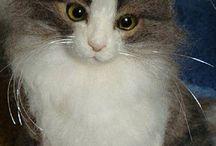 gatos de peluche con fieltro de lana