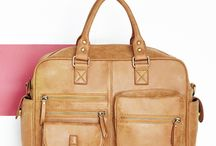 Kabelky, tašky, lodní kufry...