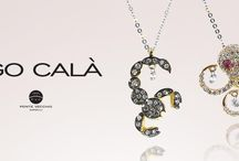Ponte Vecchio / From the heart of Florentine jewellery tradition, the aesthetic revolution in jewellery was launched 40 years ago from UGO CALÀ. All jewellery is designed by Ugo Calà and hand-made in Italy by skilled craftsmen.