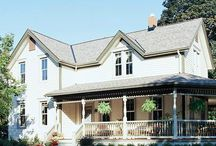 Front Porches / by Laura Kiernan {JourneyChic.com}