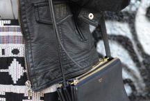 셀린느 김희애백   카카오톡 아이디 : lux68 / 커스텀급이며 홍콩명품 직수 - 직접 찍은 100% 실사 이미지만 소개합니다.   카카오톡 : lux68