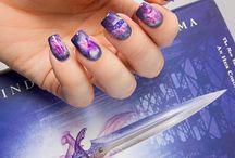 Nail art & books <3