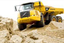Volvo Construction / Volvo equipment profiled in Contractor magazine.