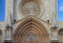 Gótico / Colección de fotos referentes al estilo gótico: arquitectura, escultura, pintura, catedrales, obras civiles...