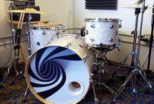 Duncan Reid and Bigheads drumhead