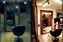 Salon / Rustic shelving