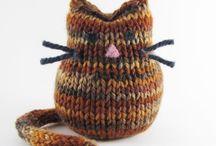 Knitting / Cat