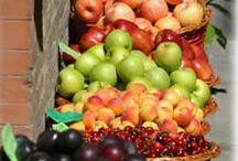 Fruits / by Kézia Pereira Do Lago