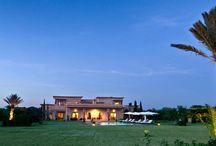 Villa Le clos des Oliviers / Très grande villa marocaine dans un parc paysager d'un hectare avec vue sur la chaine de l'Atlas et parfaitement adaptée aux groupes d'amis ou aux réunions de famille. séminaires.