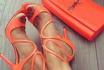 calzado femenino / Vistiendo nuestros pies