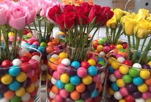 Gum balls & Roses / Table centre pieces