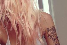 Ina sitt hår