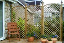 Drewniania architektura ogrodowa